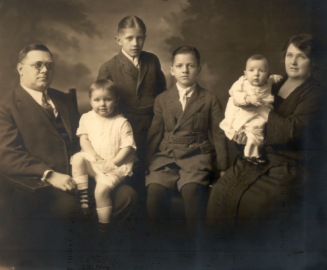 berry-family-1922
